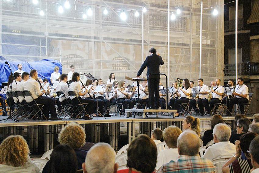 La Banda Sinfónica La Lira de Cheste abre el ciclo de Serenatas 2019 con una antología del pasodoble.