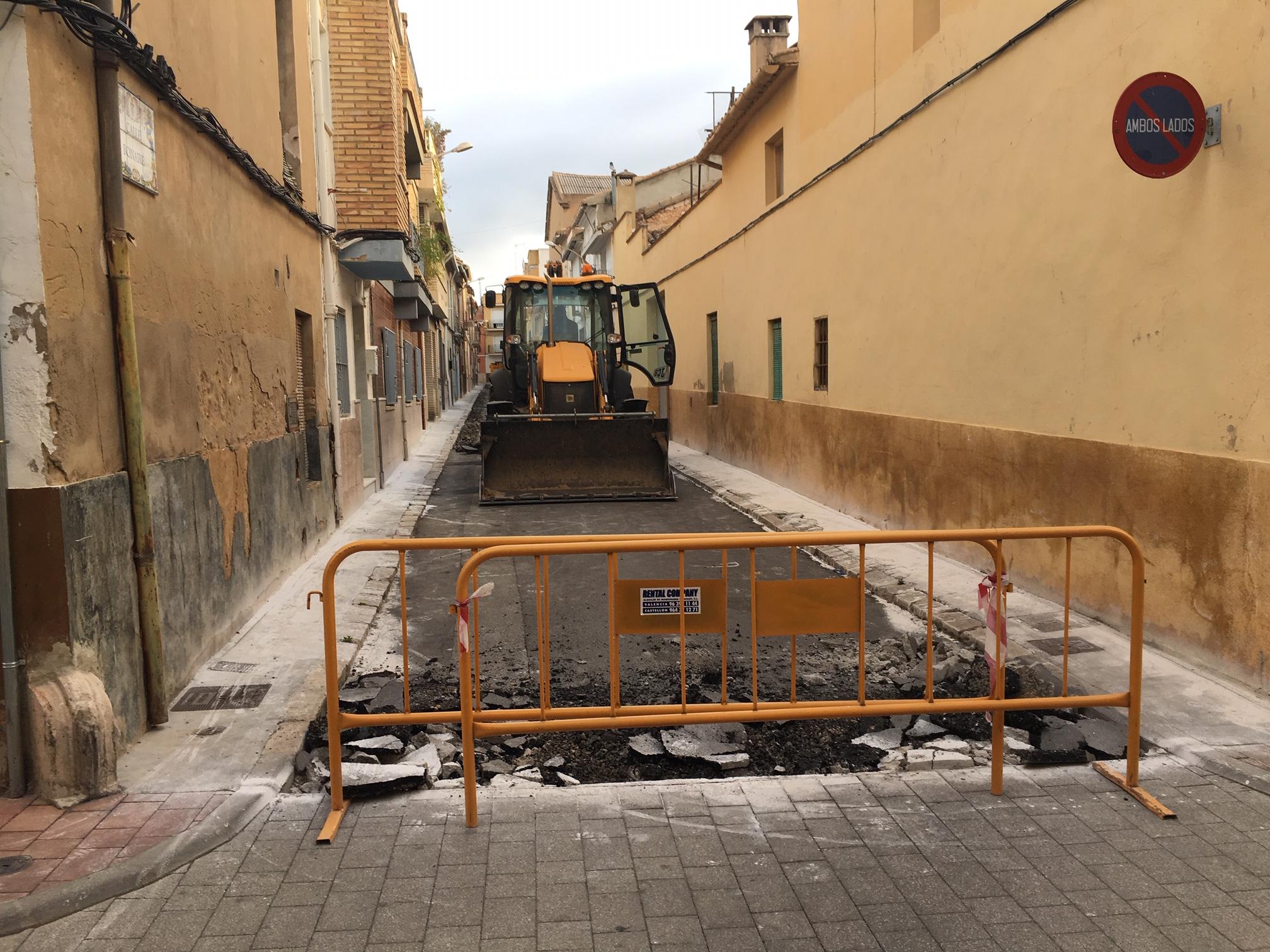 Esta semana han comenzado las obras de reurbanizacón integral de la calle Bonaire