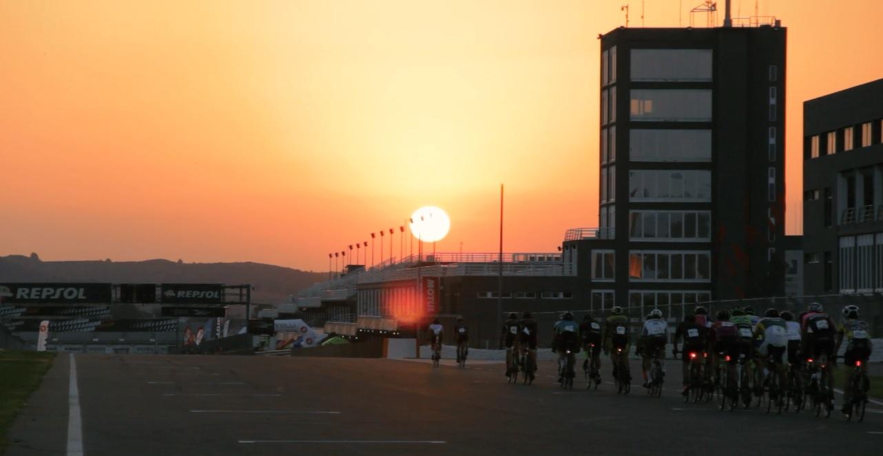 El expiloto de Fórmula 1 Roberto Merhi estará entre las personas participantes