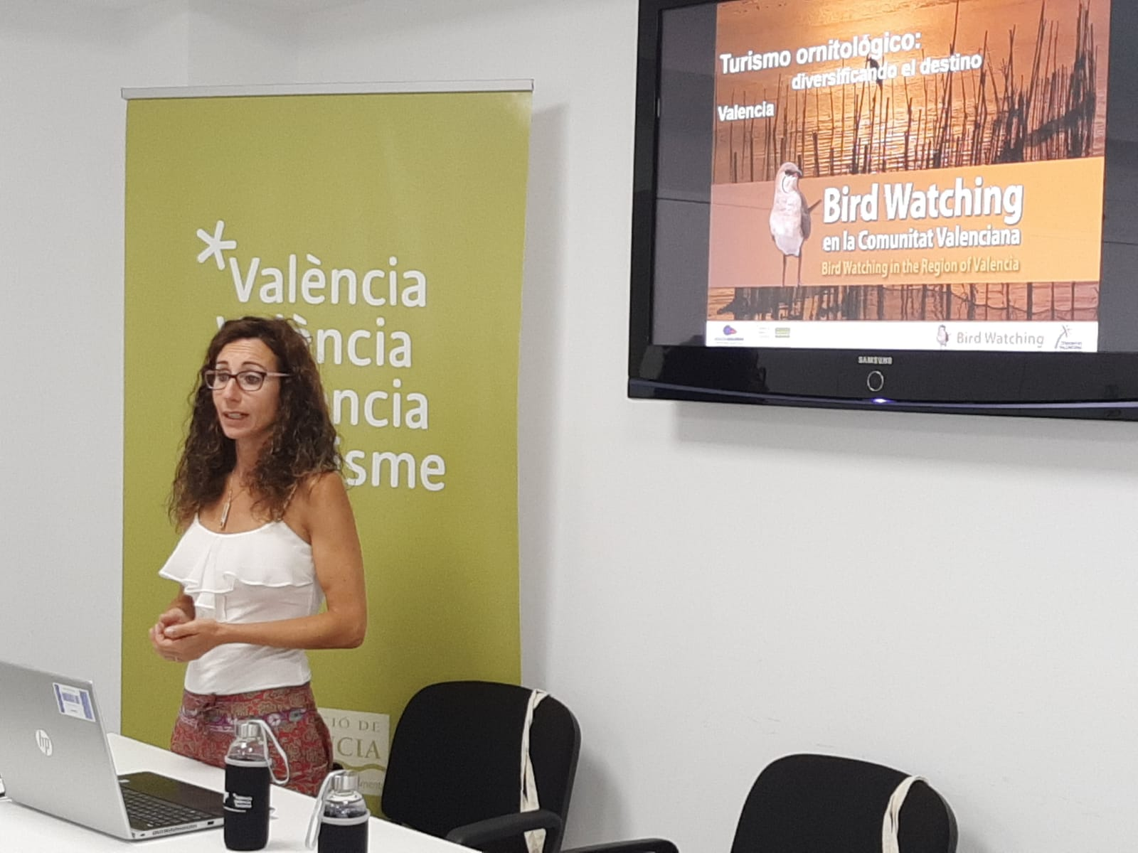 "El Patronat de Turisme de València organiza la primera jornada de birdwatching para diversificar el destino ""València""."