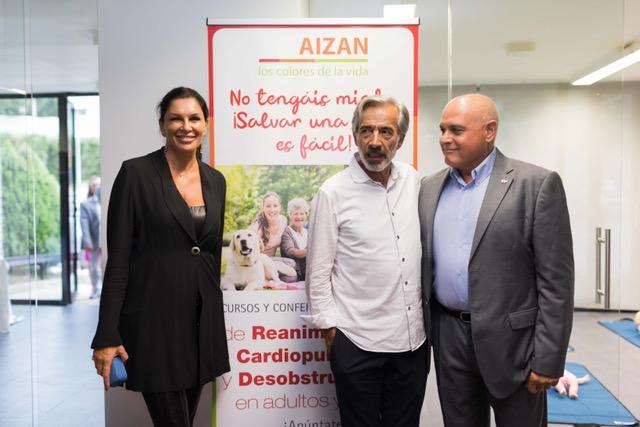 Imanol Arias acudió al evento como padrino de la ONG AIZAN, encargada de la formación homologada necesaria para el uso de los desfibriladores automáticos