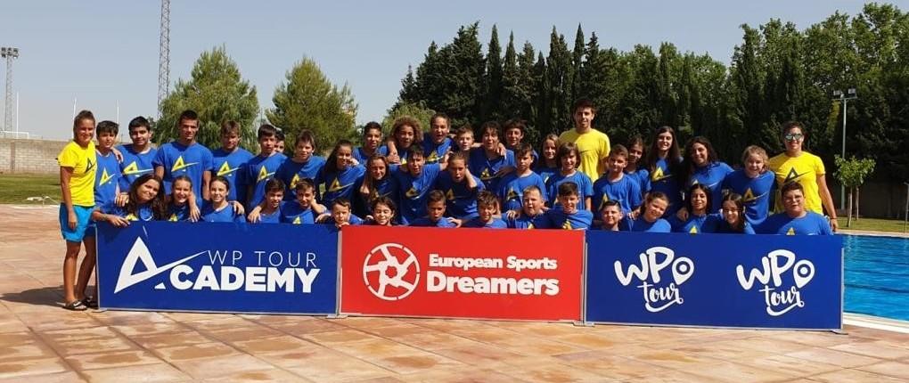 El curso se ha desarrollado del 7 al 14 de julio y ha contado con entrenadoras como Patri Herrera, campeona del Mundo y de Europa con la Selección Española de Waterpolo.
