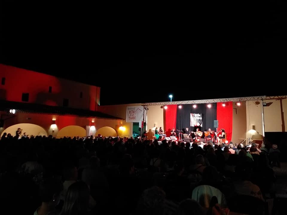En los meses de junio, julio y agosto, l'Eliana ha albergado 12 espectáculos musicales y 26 películas de gran renombre
