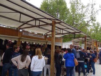 El amplio escaparate gastronómico y patrimonial de Utiel ha atraído a miles de visitantes durante todo el fin de semana.