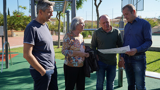 La zona sur de la Pobla de Vallbona estrena parque biosaludable.
