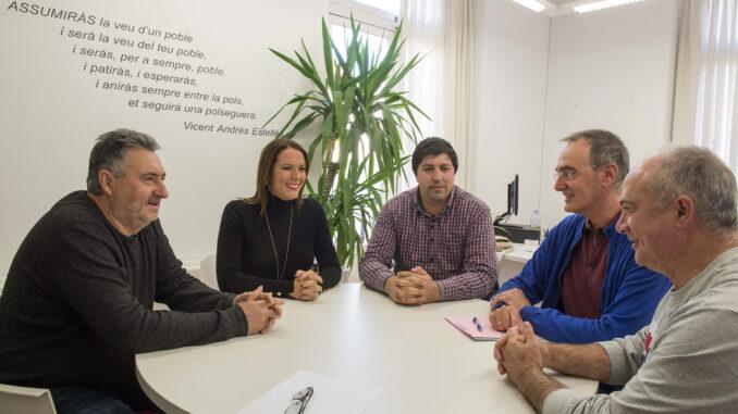 La diputada de Asistencia a Municipios recibe a los representantes de la mancomunidad del Rincón de Ademuz.