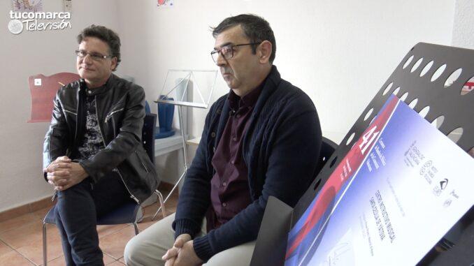 El director y el presidente del CIM «Santa Cecilia» de Yátova, Juan Manuel Alarcón y Joaquín Ortiz, respectivamente.