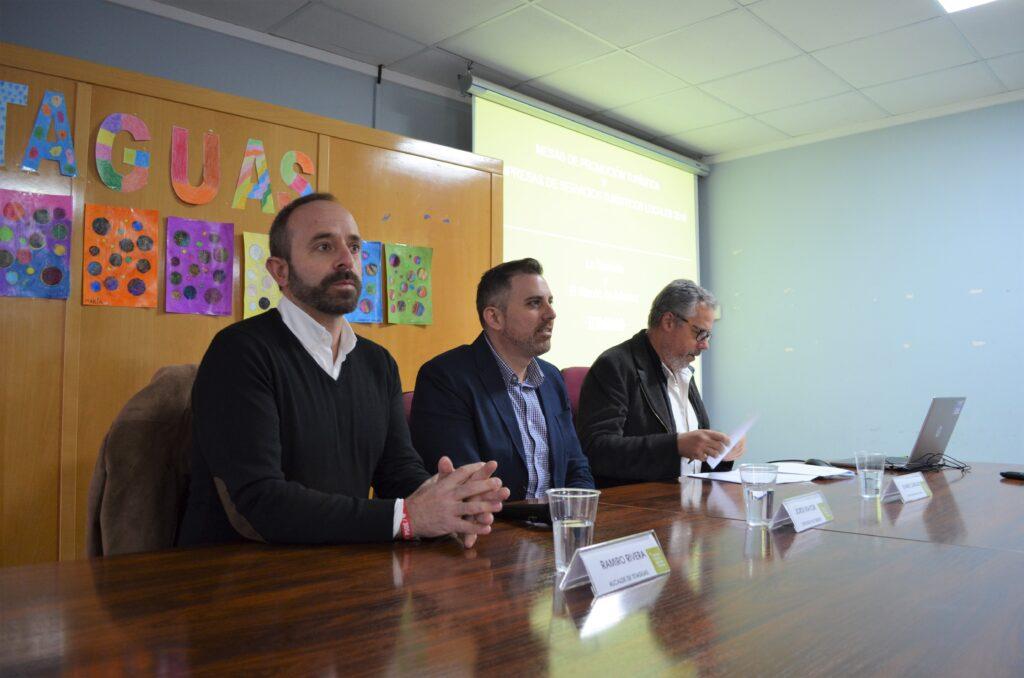 El alcalde, el diputado y el director de València Turisme.