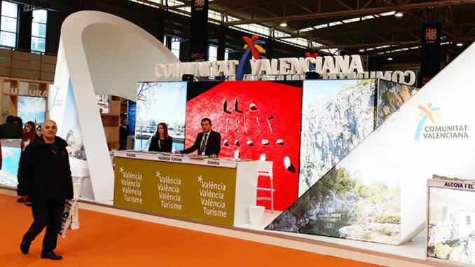 València Turisme refuerza las acciones para público profesional en la feria INTUR de Valladolid.