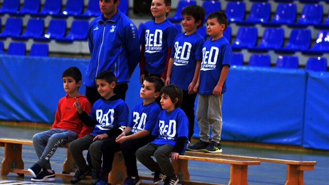 El Club Balonmano Buñol saca músculo en su presentación.