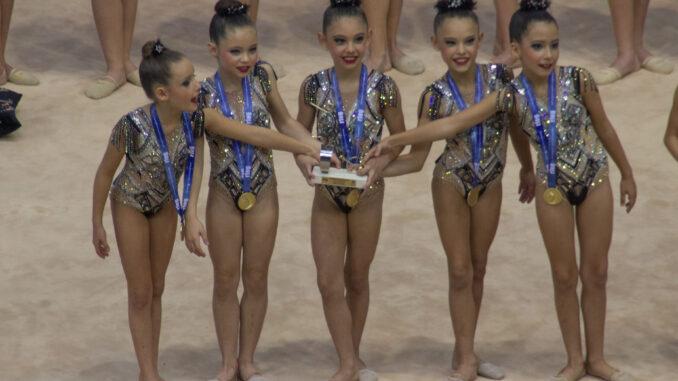 Las campeonas de España de gimnasia rítmica por conjuntos absoluto.