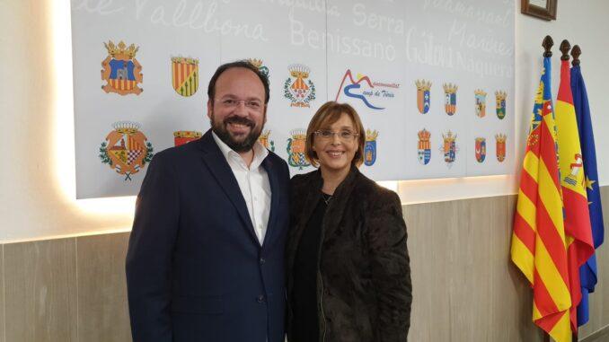 Xavier Jorge, vicepresidente de la Mancomunitat junto a la presidenta.