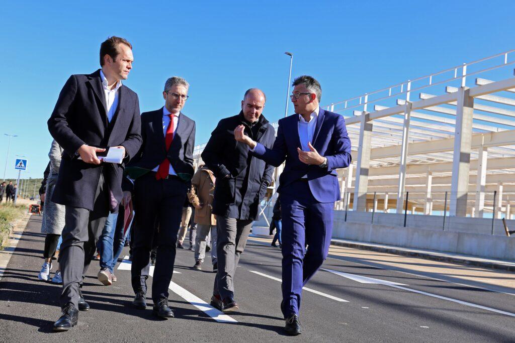 Se han dado por finalizadas las obras de urbanización del Parque Empresarial Circuito de Cheste.