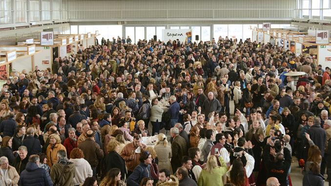 Más de 6.000 kilos del mejor embutido esperan a aquellos que visiten Requena este fin de semana.