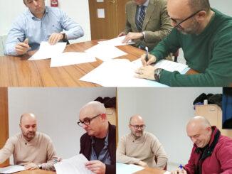 Firma de los convenios con los clubs deportivos de Utiel.